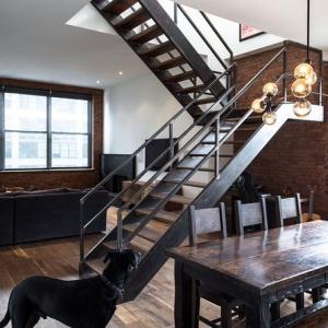 Лестница с перилами Loft-69