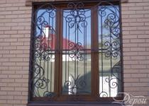 Кованая решетка на окно F15