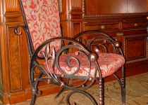 Кованый стул F62