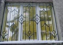 Кованая решетка на окно F69
