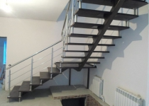 Металлокаркас лестницы на второй этаж L8