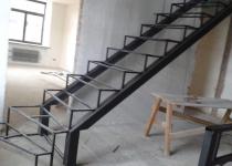 Металлокаркас лестниц из профильной трубы