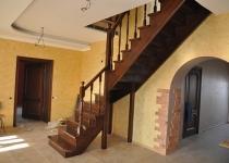 Деревянная лестница F3