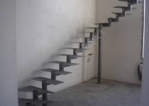 Металлокаркас лестницы на второй этаж L5