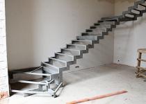 Металлокаркас лестницы на второй этаж L12