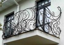 Кованый балкон F5