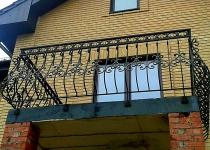 Кованый балкон F7