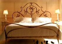 Кровать с изголовьем F9