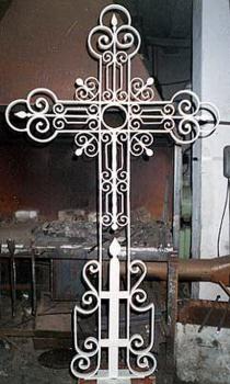 Кованый крест K11