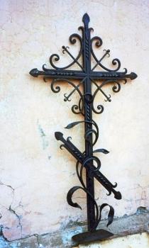 Кованый крест K13