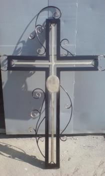 Кованый крест K7